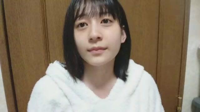 佐々木 優佳里(AKB48 チームA) (2018年01月04日23時42分31秒) SHOWROOM