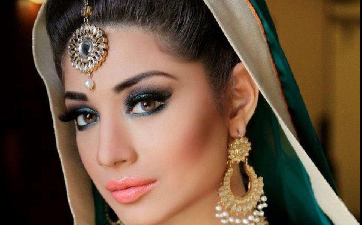 印度女人眼睛为何那么漂亮竟是因为这种神药,马上就要