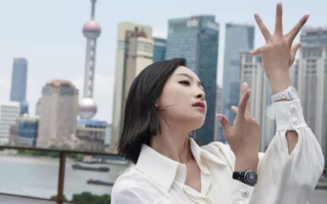 【VogueFilm】【宋茜】#非黑即白##香奈儿J12#