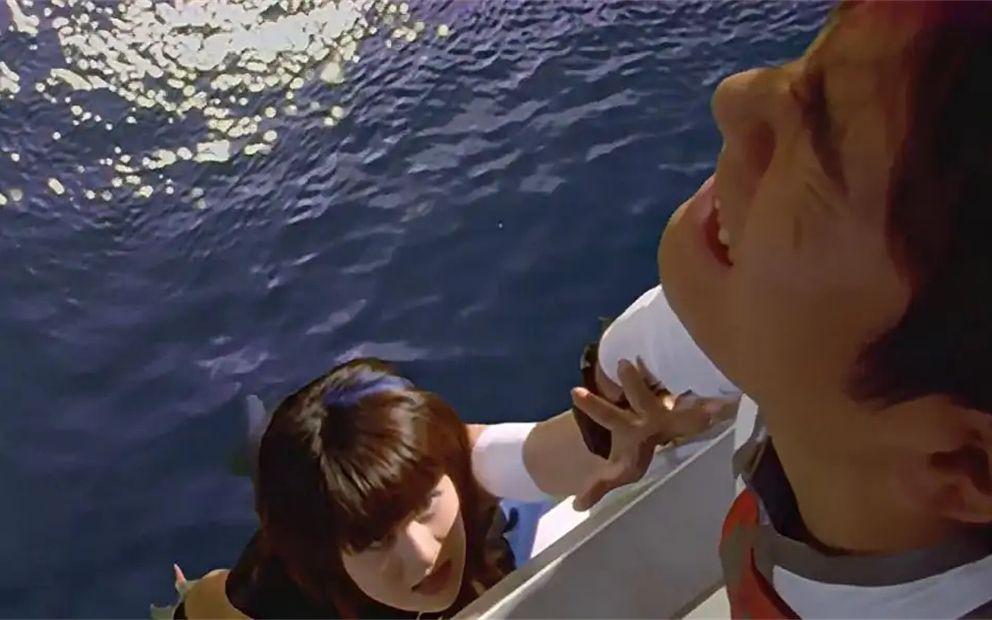 这是迪迦最自责的一次,看着美女在自己面前,就这么香消玉殒了!
