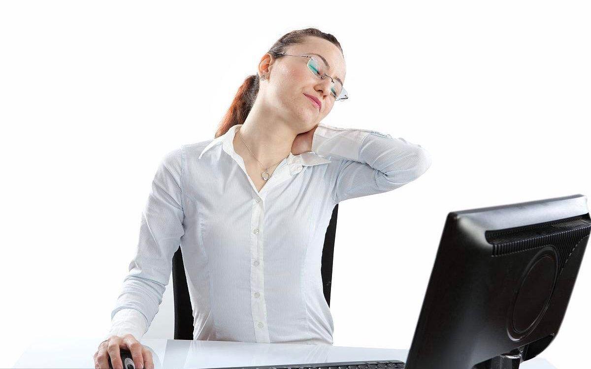 """颈肩部酸麻或是""""颈肩综合征"""" 预防六要点要记牢"""