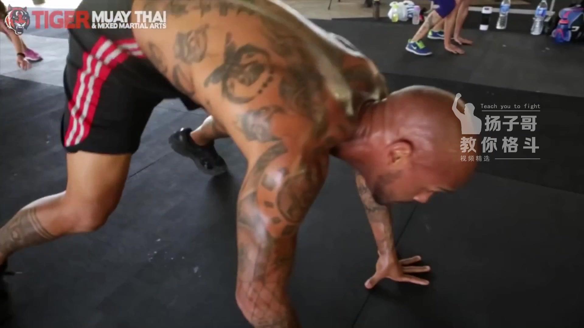 带你体验泰国顶尖拳馆一天的训练