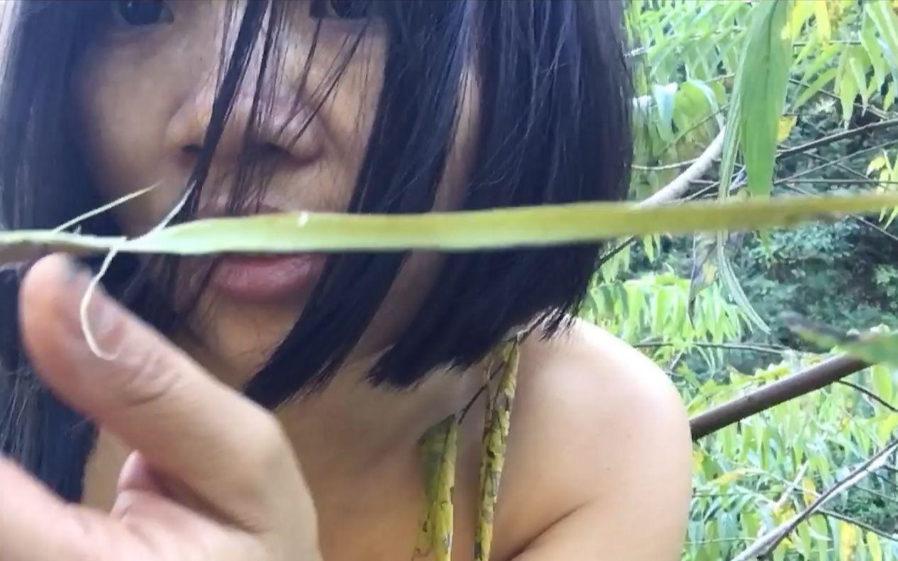 没有任何装备,甚至没有衣服,女子徒手东南亚丛林生存100天02