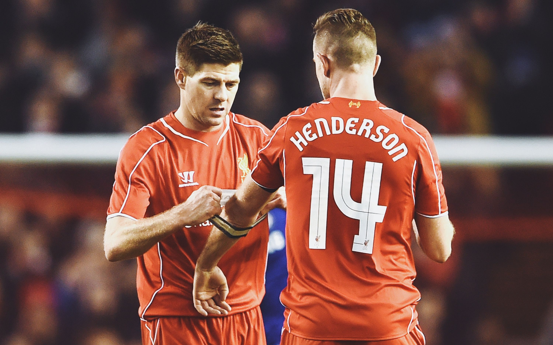 名场面| 杰拉德给亨德森戴上队长袖标,还记得是利物浦哪场比赛吗?