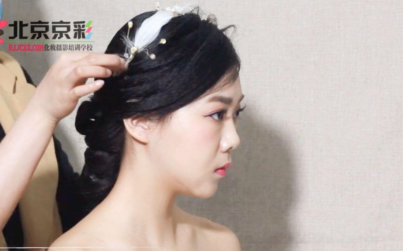 长发短发都能美得如此惊艳的森系实用新娘造型
