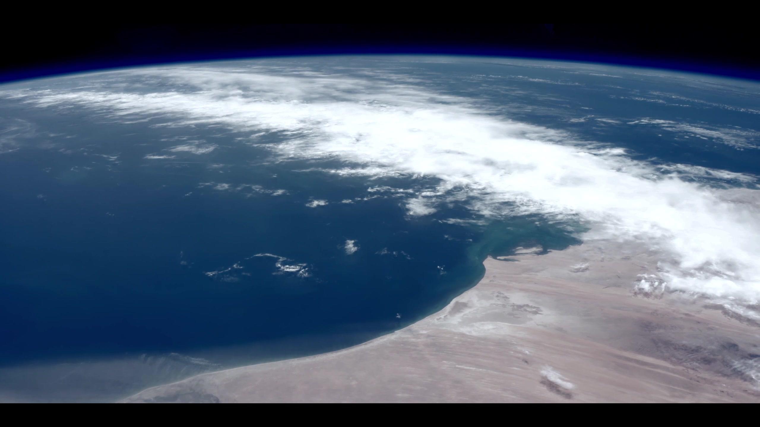从太空看地球的图片-太空