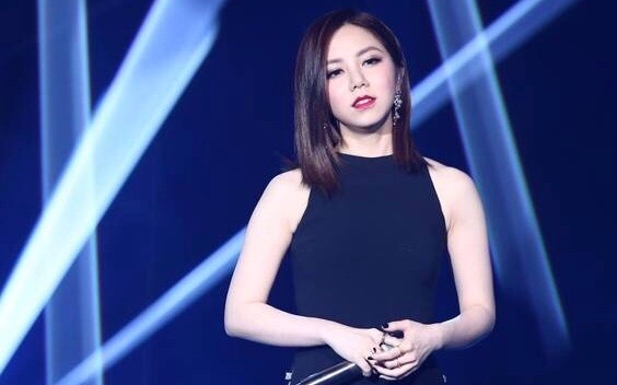 【邓紫棋x华晨宇】我是歌手《光年之外》去伴奏版图片