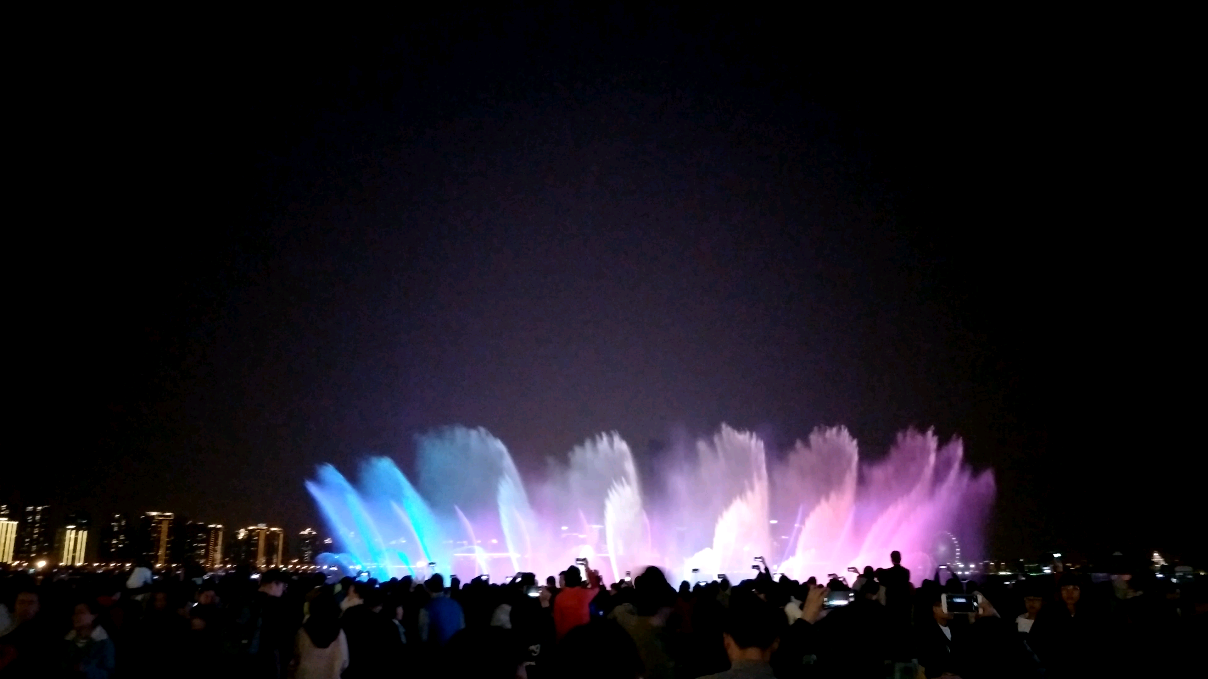 苏州金鸡湖音乐喷泉图片