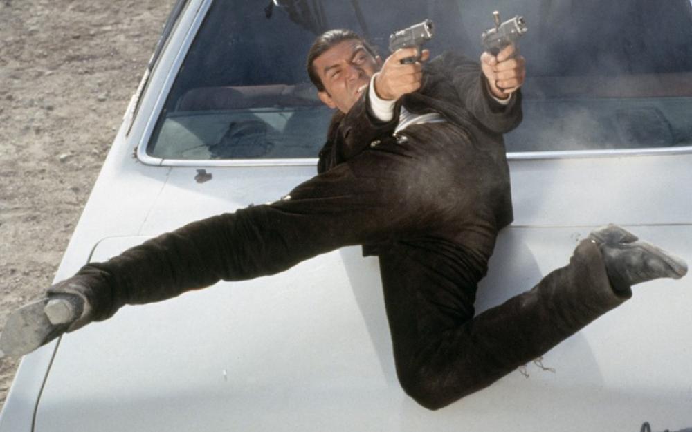 【犯罪】杀人三步曲(1995)【罗伯特·罗德里格兹/安东尼奥·班德拉斯/昆汀·塔伦蒂诺】