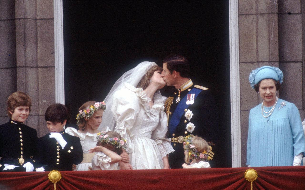 【BBC纪录片●世纪婚礼】查尔斯与戴安娜(戴安娜的婚纱)【生肉】