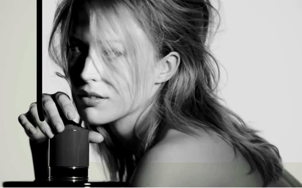 【香水广告】raquel zimmermann 01- marni fragrance