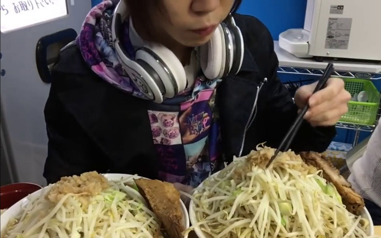日本大胃王吃拉面 图片合集