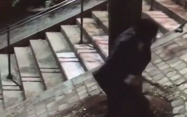 基努李维斯拍摄疾速追杀4现场,阶梯上的打戏