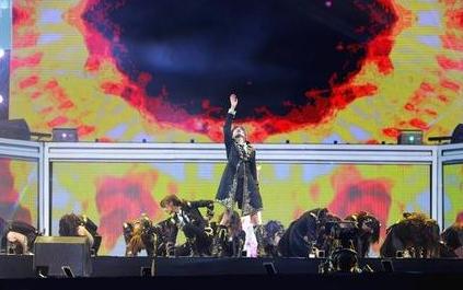 光之轨迹_snh48 2018 b50金曲大赏队歌第一【光之轨迹】私服彩排 圆阵