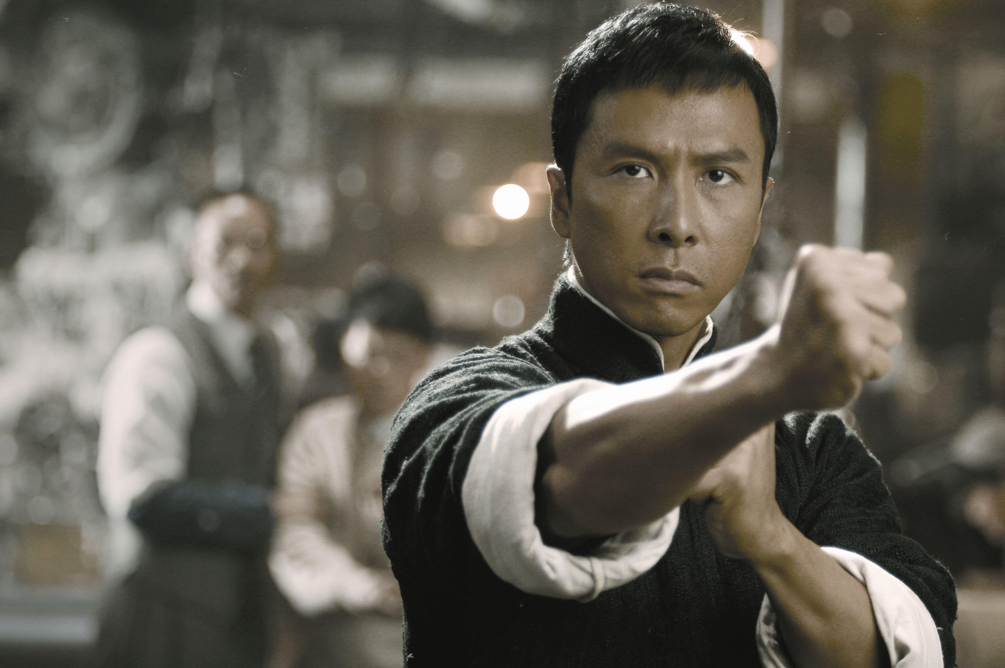 """""""我要打十个!""""叶问用中国武术,唤醒了中国人的全民抗日决心!"""