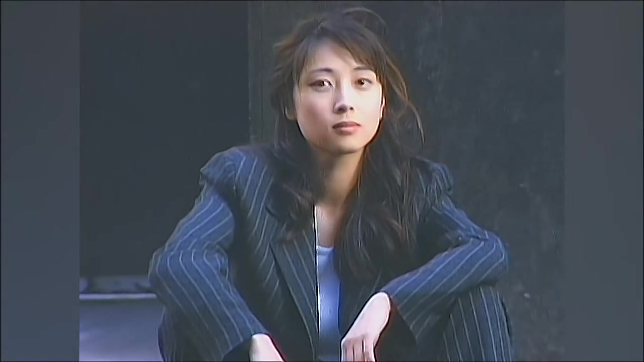 wwwjibamv_v=jlvnecziiim 作品类型: 官方mv 作品语种: 日语 歌手: zard 曲名