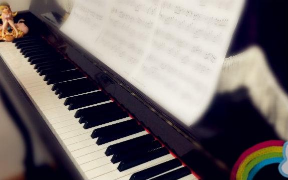 【钢琴】虹之间—一首适合新手的曲子图片