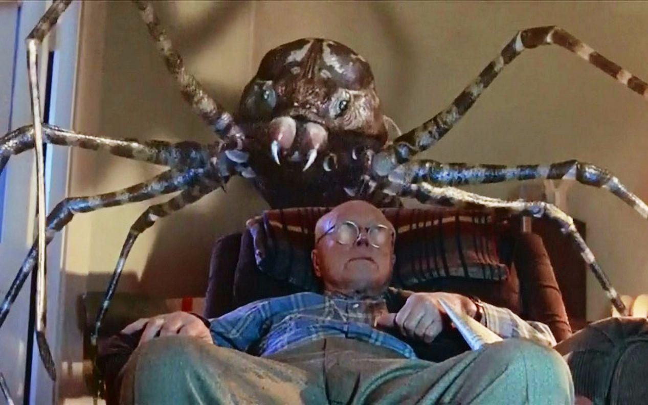 【阿斗】这部蜘蛛电影让你肾上腺素飙升,看得我头皮发麻,阿斗带你速看《八脚怪》