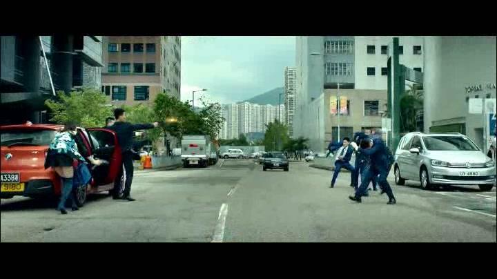 那些香港警匪片中精彩的街头枪战!