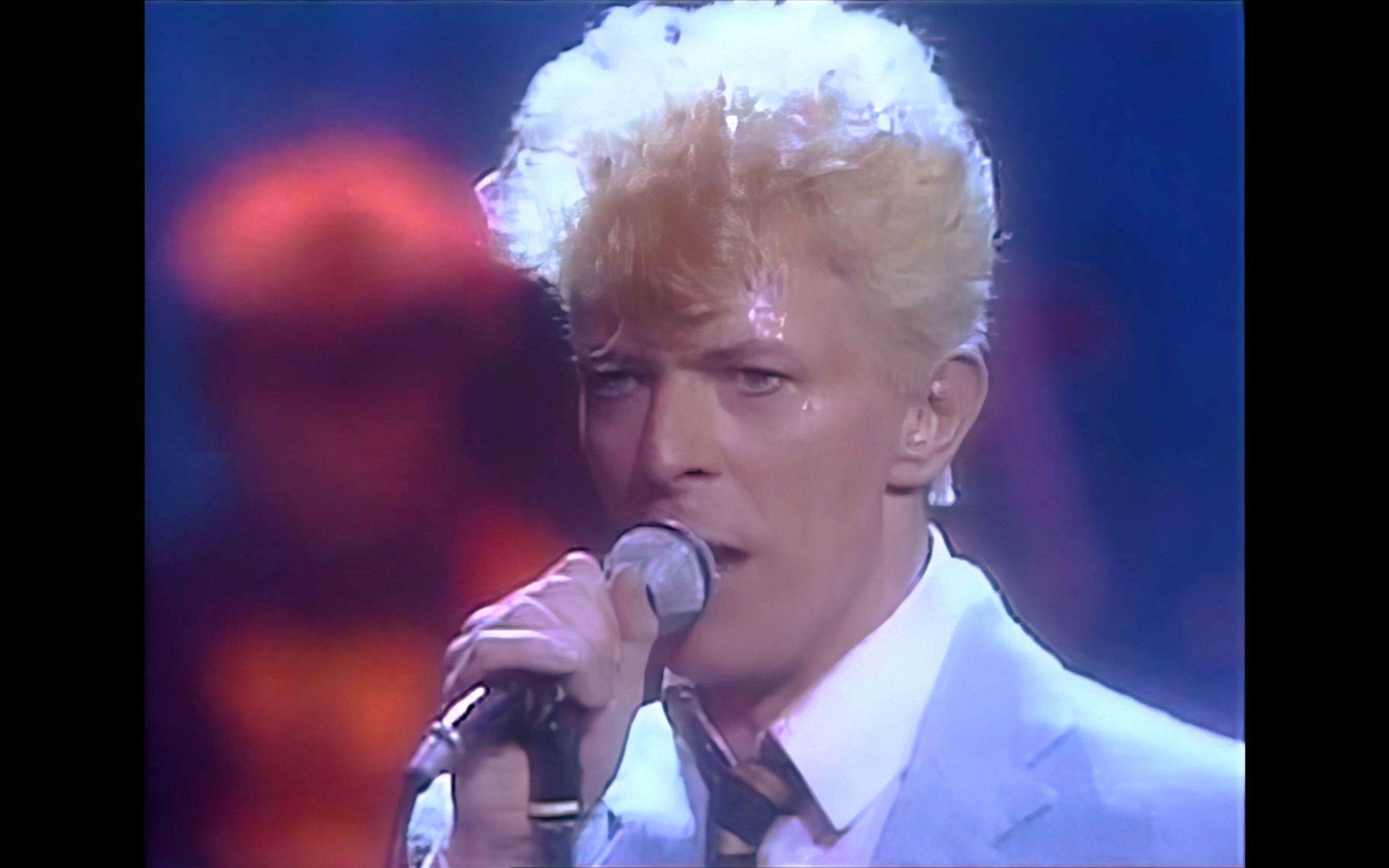 【David *owie】 - Fashion & Let's Dance (Live '83)