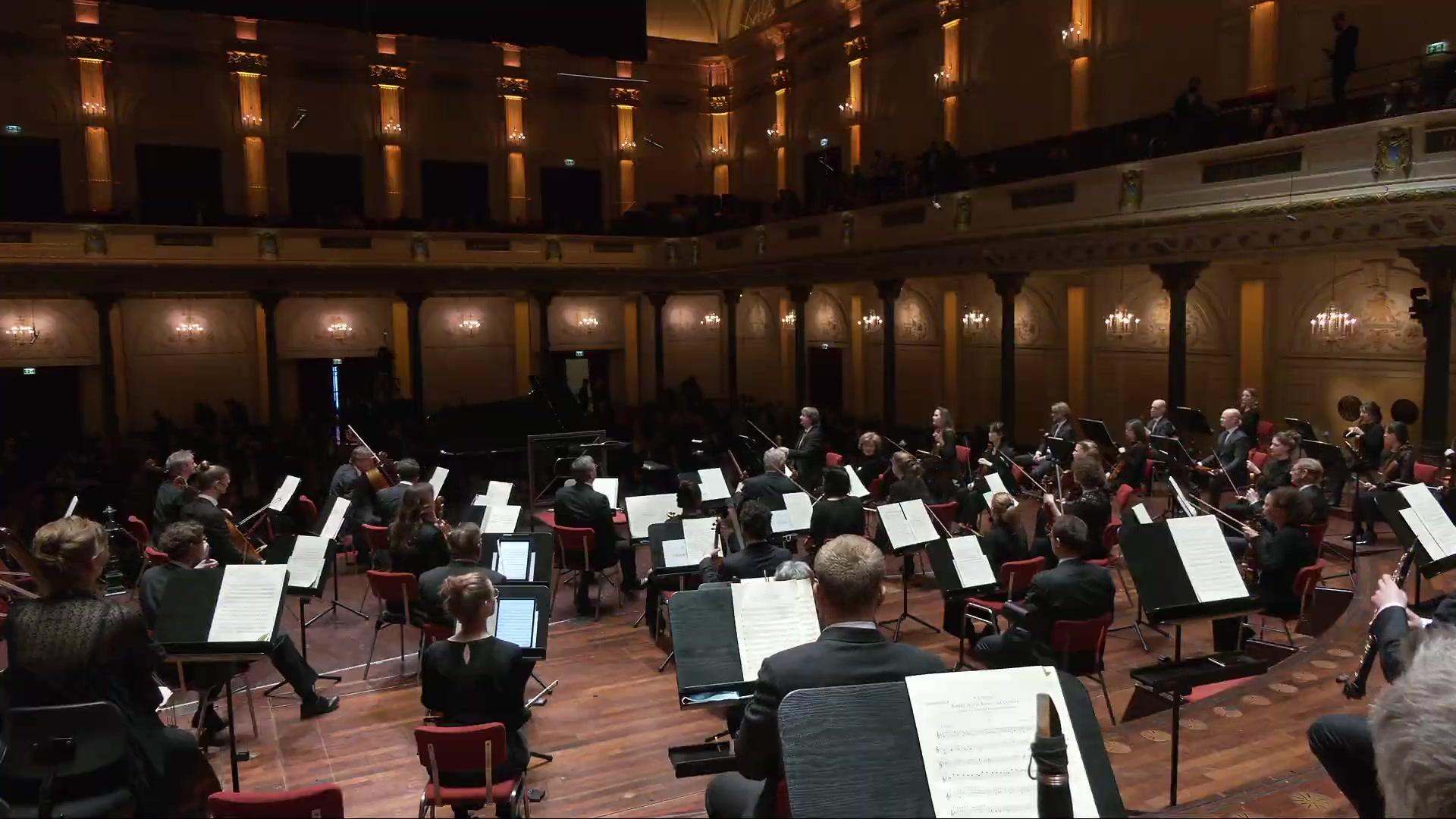 2021.04.16 RCO皇家音乐厅管弦乐团、帕沃雅尔维&奥拉夫松 莫扎特《第24钢协》舒曼《第三交响曲》Concertgebouworkest