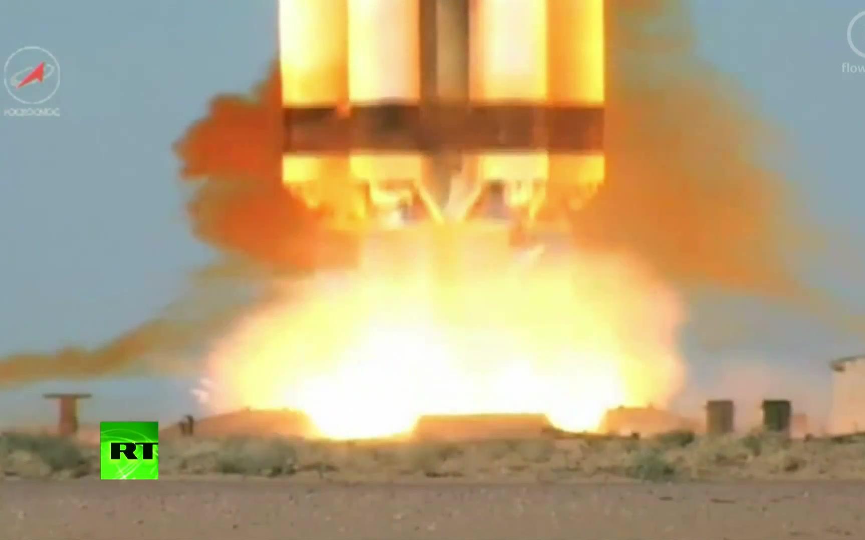 水火箭发射架制作_俄罗斯质子(M)运载火箭发射_哔哩哔哩 (゜-゜)つロ 干杯~-bilibili