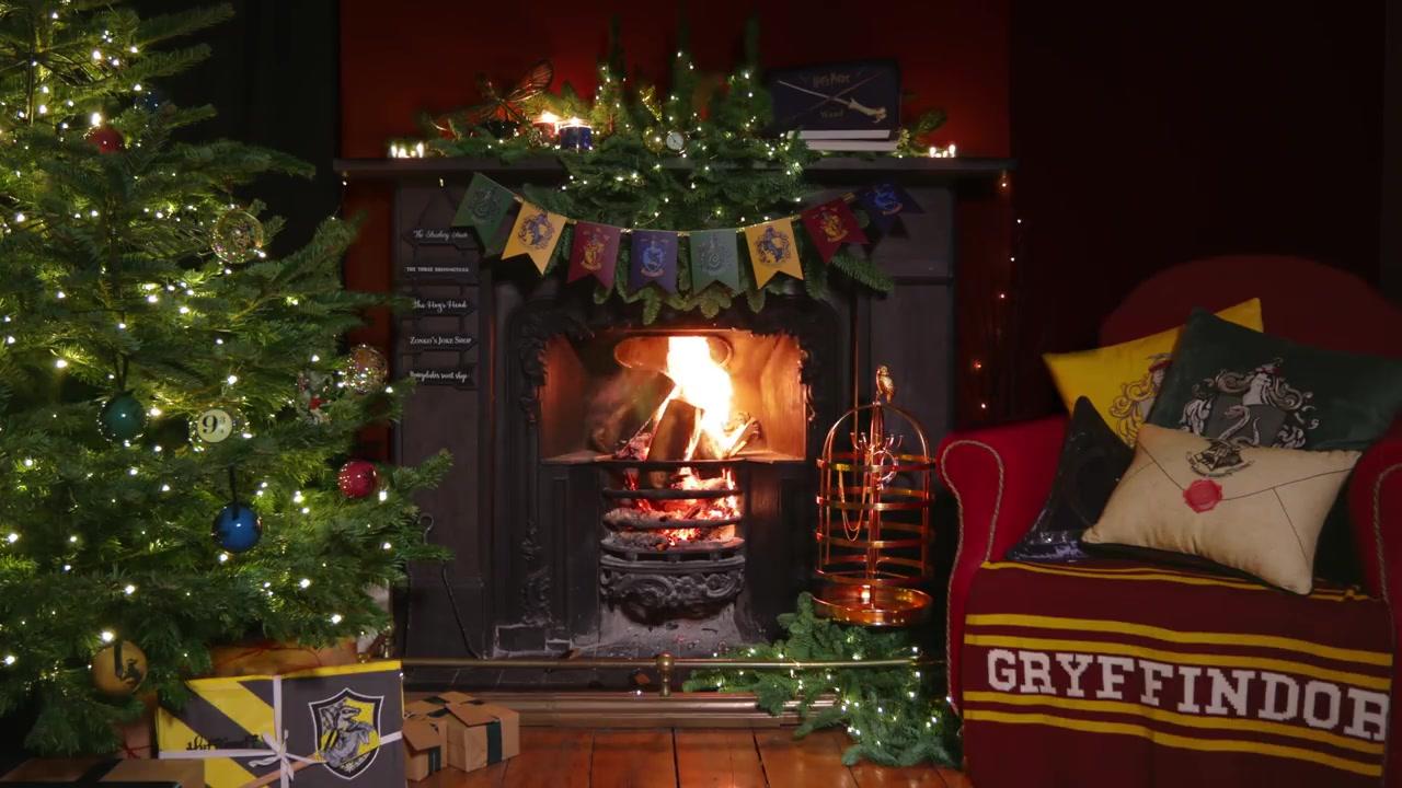 WWW_S_COMYULEJ_christmas - holiday yule log fireplace 4k - j.k.