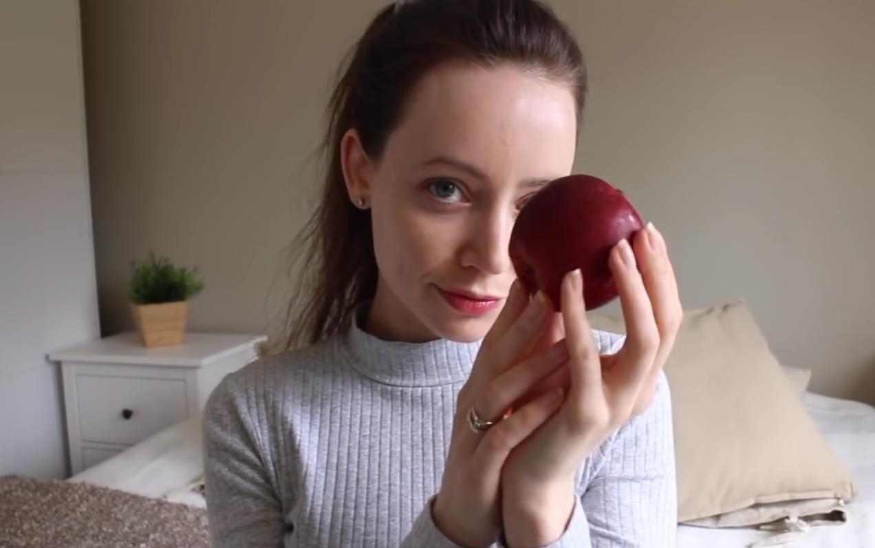 【ASMR】Solfrid ASMR - 姐姐吃苹果!嘎嘣脆!(无人声)