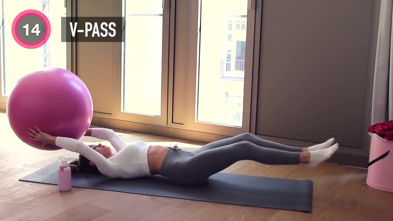 一個瑜伽球再加5分鐘,get馬甲線瘦十斤什么的根本不是圖片