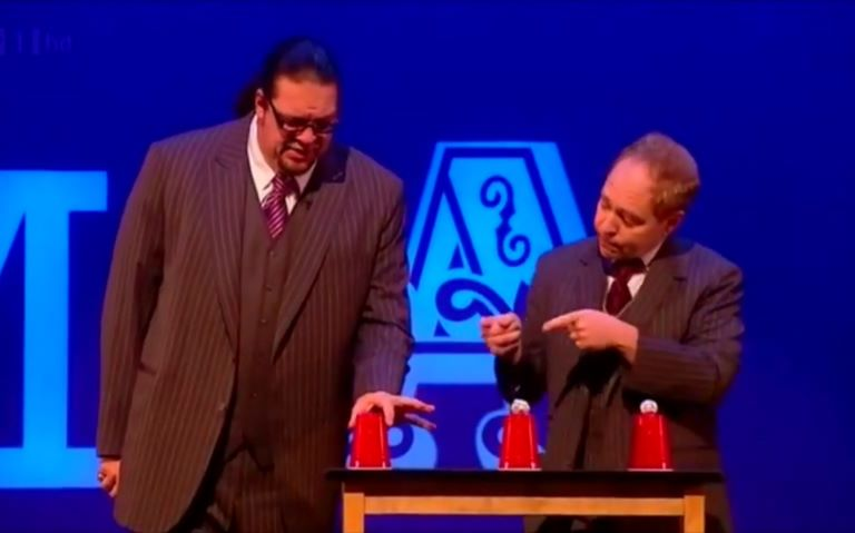 【魔术揭秘】佩恩和特勒揭秘杯子和小球魔术 Masters of Magic Penn and Teller, Amazi
